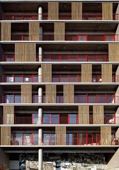 Edifício Habitacional na Rua Simpatia,© Nelson Kon