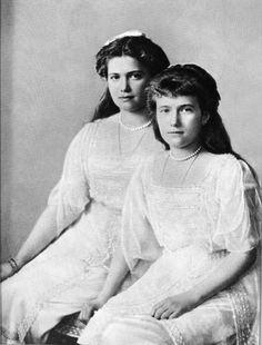 Maria & Anastaisa, 1914