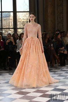 Pastel Elegance at Paris Fashion Week - Sublime beauty describes this soft and dreamy collection of haute couture gowns by Georges Hobeika . Georges Hobeika, Beautiful Gowns, Beautiful Outfits, Gorgeous Dress, Fashion Week, Fashion Show, Paris Fashion, Costura Fashion, Collection Couture
