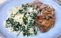 TORSK MED URTESMØR, CHERRYTOMATER OG BLOMKÅLRIS Bon Appetit, Bacon, Chicken, Meat, Provence, Food, Spinach, Eten, Meals