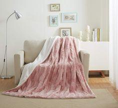 New Tache Luxury Faux Fur Light Blush Dusty Rose Gold Pink Super Soft Warm Throw Blanket Twin Size online - Topfurniturestore Rose Gold Room Decor, Rose Gold Rooms, Rose Gold Pink, Blush Pink, Rose Decor, Pink Throws, Bed Throws, Bed Blankets, Fluffy Blankets