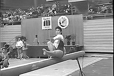 WOGymnastika: Yumi Mordre's Wonderful One Armed Valdez Full (GIF)