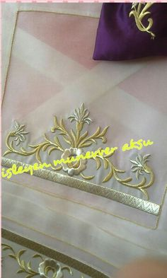 This Pin was discovered by Ays Gold Work, Design Elements, Sims, Diy Crafts, Embroidery, Bridal, Etsy, Caravans, Salons
