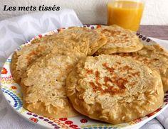 Pancakes au lait d'amandes et flocons d'avoine Dessert Minute, Beignets, Lactose Free, Fodmap, Crepes, Quick Easy Meals, Apple Pie, Hummus, Nom Nom