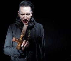 marilyn manson Marilyn Manson 2017, Foo Fighters Nirvana, Royal Blood, Alternative Metal, Alan Rickman, Believe In God, Golden Age Of Hollywood, Glam Rock, The Villain