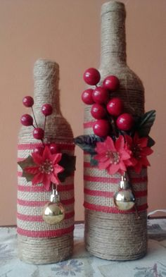 Botellas decoradas.                                                                                                                                                     Más