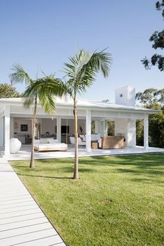 Outdoors - Three Birds Renovations House Bonnie's Dream Home Villa Design, Style At Home, Three Birds Renovations, House Renovations, House Remodeling, Remodeling Ideas, Beach Shack, Coastal Homes, Coastal Cottage