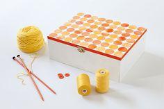 Tara Dennis - Craft Circle Box - Make Mum a colourful box to keep her craft bits or favourite treasures together