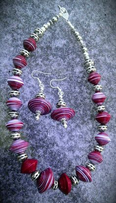 Red &  White Disc Paperbead Set