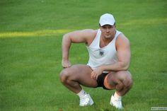 Viktor Gegehidze (ვიქტორ გეგეშიძე, Georgian Bodybuilder)