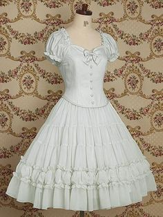 This breezy looking dress also has the sweetheart neckline.