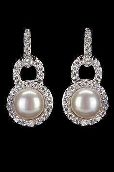 Sparkle Pearl Earrings.