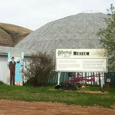 Homestead Museum- learn about life in Drumheller in the early years.  Lots of antiques and cool stuff