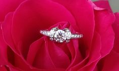 Tiffany and Co 0.76tcw Diamond and Platinum Ribbon Engagement Ring