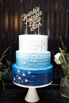 Twinkle Twinkle Baby Shower | Cake by Layered Bake Shop | Photo by Briana Wollman