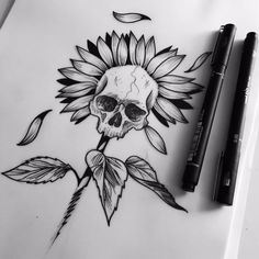 New flowers design tattoo sketches sunflowers Ideas Thigh Tattoos, Skull Tattoos, Body Art Tattoos, Sleeve Tattoos, Back Thigh Tattoo, Tatoos, Tattoo Dotwork, Tattoo On, Tattoo Feather