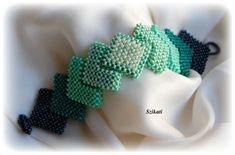 Beaded green seed beaded Right Angle Weave cuff bracelet, beadwoven jewelry, OOAK