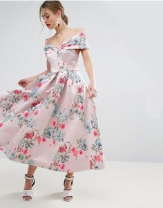 We've got your wedding season wardrobe sorted with our edit of 30 gorgeous outfit ideas for wedding guests - you'll thank us for this one! Baby Blue Maternity Dress, Maternity Dresses, Floral Midi Dress, Lace Dress, Formal Wedding Guests, Frock And Frill, Satin Gown, Matches Fashion, Outfits