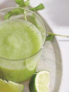 Gala/honeydew-melon  eplejuice  mynte  limejuice  isbiter  rom