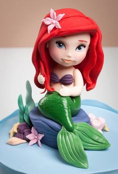 25 # fondant creations that rock your world . Fondant Cake Toppers, Fondant Cakes, Cupcake Cakes, Little Mermaid Parties, The Little Mermaid, Sirenita Cake, Little Mermaid Cake Topper, Ariel Cake, Online Cake Delivery