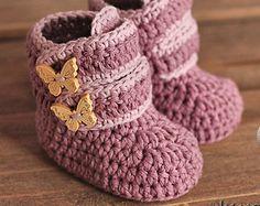 Crochet Pattern 029 Booties Crochet Pattern por AlenasDesign                                                                                                                                                                                 Más
