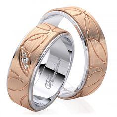 Для создания рисунков на наших кольцах мы используем современную технологию фрезеровки. А чтобы рисунок был четко виден нижнюю часть рисунка мы делаем матовой. Такое контрастное сочетание делает рисунок или орнамент очень ярким и насыщенным. Обручальные кольца с бриллиантами - это, безусловно, уже традиция. Кольца украшают самым прочным в мире драгоценным камнем, символом бесконечной надежности, вечности и