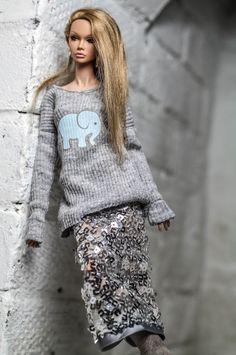 https://flic.kr/p/23wCesk   The Fashion Blogger OOAK outfit   www.ebay.com/sch/dollsalive/m.html?item=122914379913&...