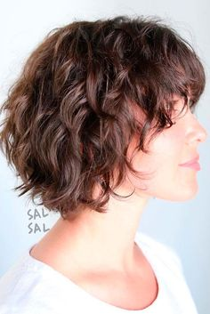 Layered Messy Bob For Wavy Hair hair 60 Short Shag Hairstyles That You Simply Can't Miss Short Shag Hairstyles, Shaggy Haircuts, Haircuts For Curly Hair, Curly Hair Cuts, Hairstyles Haircuts, Cool Hairstyles, Japanese Hairstyles, Korean Hairstyles, Wedding Hairstyles