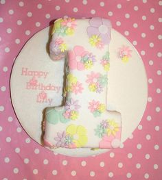 17. Number One, 1st Birthday Cake by Quite Contrary Cakes, via Flickr
