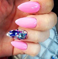 #stiletto #nails