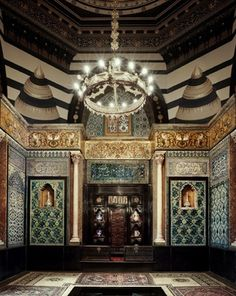Leighton House Museum in Holland Park, London. Built in 1864, this Middle Eastern style house was home to artist Frederic, Lord Leighton. Well worth a visit!