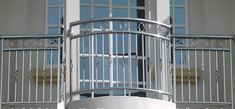 Xem 40 mẫu lan can ban công inox mặt tiền đẹp, sang trọng, hiện đại Balcony Grill Design, Balcony Railing Design, Front Gate Design, Door Gate Design, Glass Barn Doors, Metal Doors, Front Gates, Cute Cartoon Wallpapers, Home Interior Design