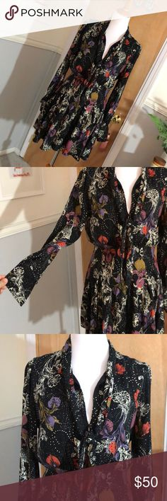 Free people floral printed dress Beautiful printed FP dress with sinched waist and tie front Free People Dresses Mini