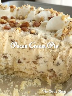 Pecan pie just like the original but in a creamy, light, and fluffy pecan cream pie. Pie crust filled with a thick & creamy pecan mixture. This whipped cream pie is a delicious Fall twist Pecan Cream Pie Recipe, Cream Pie Recipes, Cake Recipes, Dessert Recipes, Pumpkin Recipes, Dinner Recipes, No Bake Desserts, Easy Desserts, Delicious Desserts