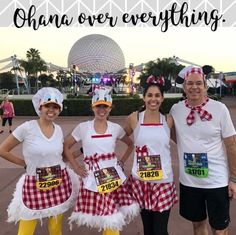 All the classic Disney characters in their culinary attire. Disney Group Costumes, Disney Characters Costumes, Classic Disney Characters, Disney Princess Half Marathon, Disney Marathon, Disney Running Outfits, Disney Races, Disney 10k, Diy Halloween Costumes