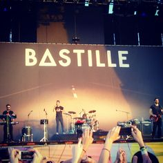 BASTILLE live at Lollapalooza Argentina.