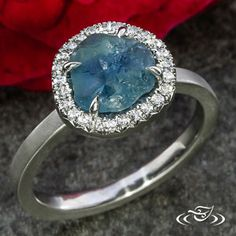 Rustic French halo surrounds a Montana rough sapphire in this Green Lake Jewelry #EngagementRing.
