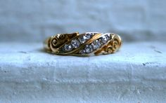 this is PERFECTION.  Stunning British Antique 18K Yellow Gold Diamond by GoldAdore, $945.00