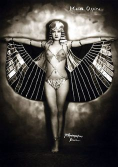Dancer Maita Ossira in an Egyptian inspired costume, photographed by Belgian photographer Jos. Rentmeesters (ca. 1922)
