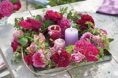 Najbardziej  dekoracyjny świecznik?  Ze świeżych, pachnących  kwiatów.