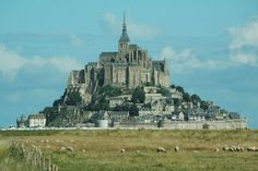 Abbaye du Mont-Saint_Michel-France-12 fairy-tale places that are actually real