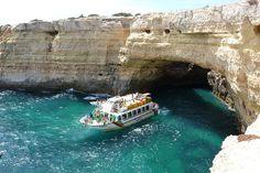 Passeio pelas grutas do Algarve
