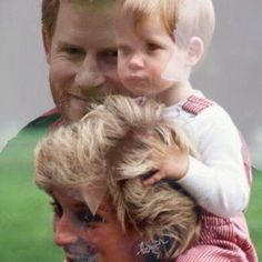 Prince Harry as a small child and as he is now with his mother the late Princess Diana. Prince Harry Photos, Prince Harry And Megan, Diana Son, Lady Diana Spencer, Princesa Diana, William Kate, Prince William, Duchess Kate, Duke And Duchess