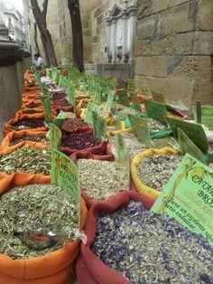 Venta de especias junto a la Catedral de Granada - 4