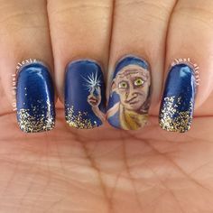 """Pin for Later: 18 Harry Potter Nail Art Designs That Will Cast a Spell on You """"Master Has Given Dobby a Sock"""""""