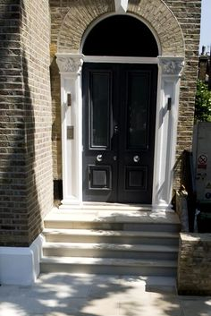 Harvest Bullnose Steps Complement The Yellow Tone Of The London Stock  Bricks Perfectly To Create A