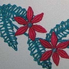 Práce na zakázku, doplněk k šatům ve stejných barvách. Návrh a realizace Dana Mihulková. Lace Heart, Lace Jewelry, Bobbin Lace, Lace Design, Lace Detail, Butterfly, Flowers, Christmas, Handmade