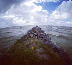 www.frarina.com #sailing #sailingboat #sail #yacht #marina #photo #photography #instatravel #travelgram #follow #us #photo #photography #cinematography #rustic #instatravel #travelgram #nomad #slf #wildlife #wolf #wildlifephotography #dog #husky #blackandwhite #sexy #instagirl #beautiful #ocean #sea #zea #cloud #livingaboard #nature #relax #wildness #travel Hello there! I am Frank Cozzolino and with my beautiful girlfriend Marina we love to sail vlogging and documentary making. Together we…