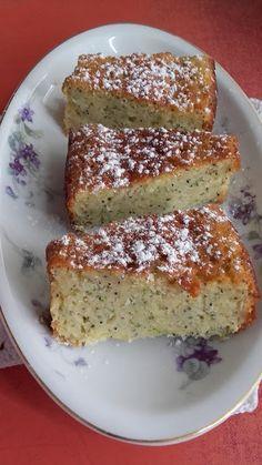 This no all / Disznóól - KonyhaMalacka disznóságai: Mákos-cukkinis citrusszelet Croatian Recipes, Hungarian Recipes, Poppy Cake, Banana Bread, French Toast, Deserts, Sweets, Paleo, Baking