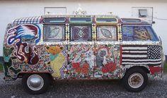 VW Bus Volkswagen Bus Camper, Volkswagen Type 2, Volkswagen Transporter, Vw T1, Vintage Vans, Vw Cars, Future Car, Vw Beetles, Graffiti